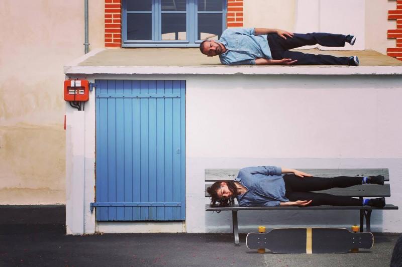 Trio pour deux danseurs et un longborard - Cie Au Dela Du Bleu